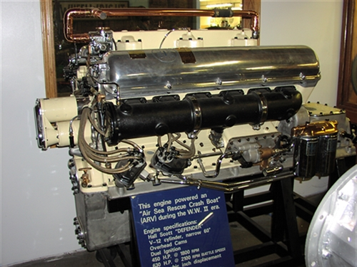 Hall Scott Defender AVR engine