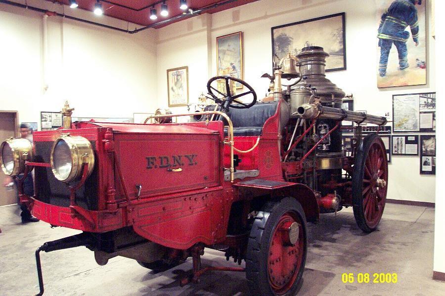 1912 Am LaFrance FDNY steamer