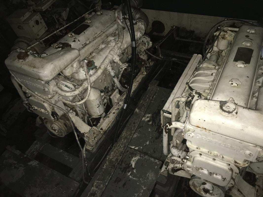 2 x Gray Marine 6-71
