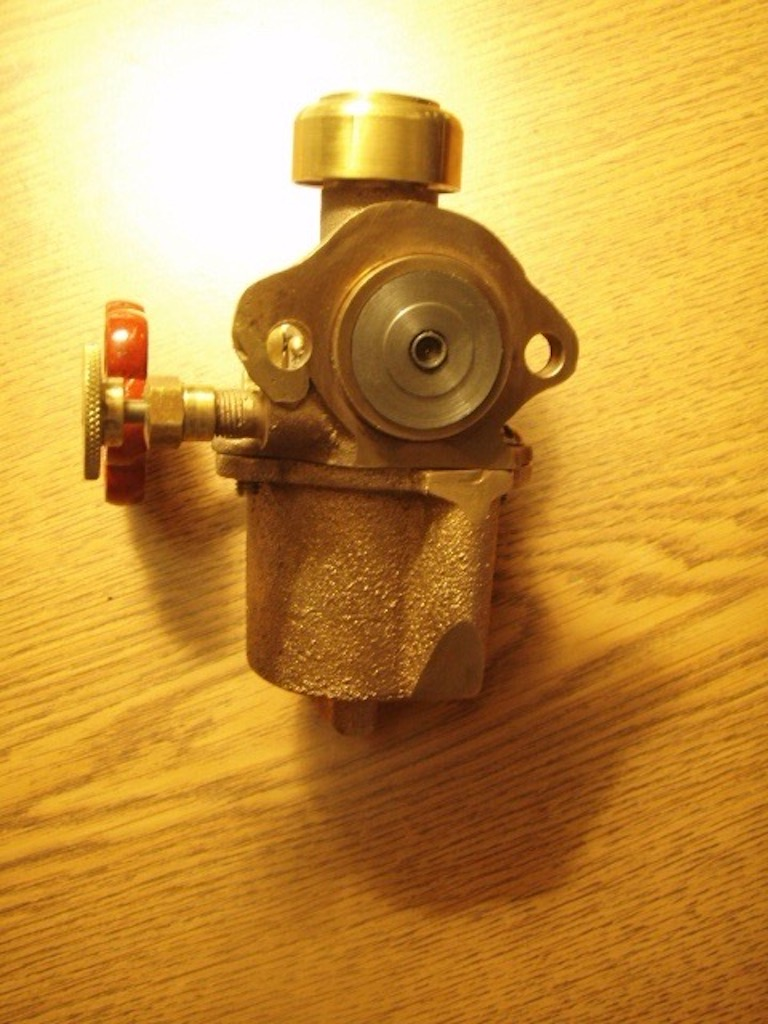 2 hp Tuttle carb
