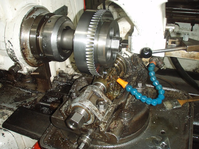 Old Engine Gears : Old marine engine checking taper bores on gears