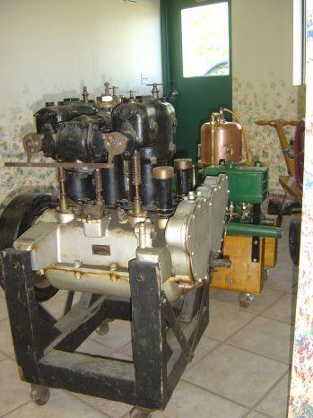 unknown engine photos