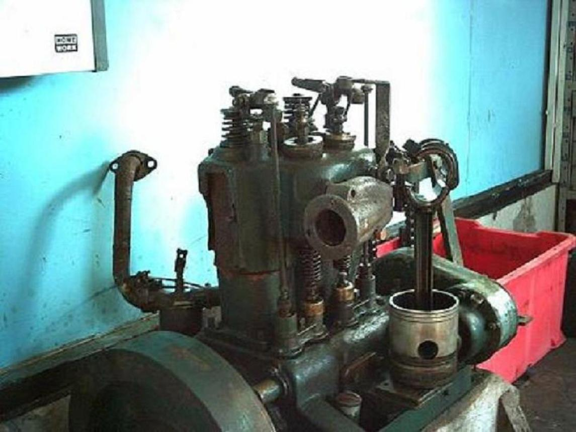 2-cyl engine