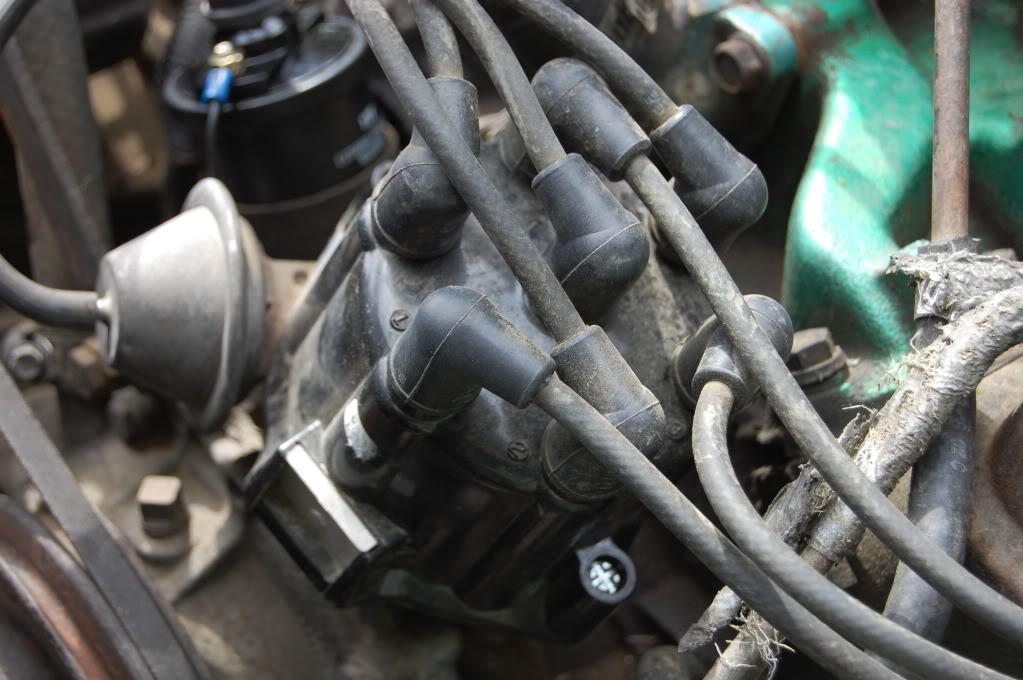 Old Marine Engine  225 V6 Dauntless Odd Fire