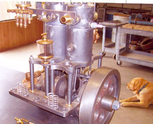 Dave Williams antique style engine.